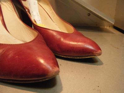 削れすぎたつま先には. 2010.02.03 |レディース靴 修理