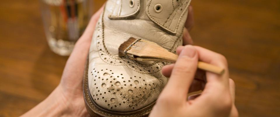 靴 染め替え 東京