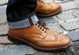 ロークは英国靴の聖地ノーサンプトンで靴を作り続ける老舗