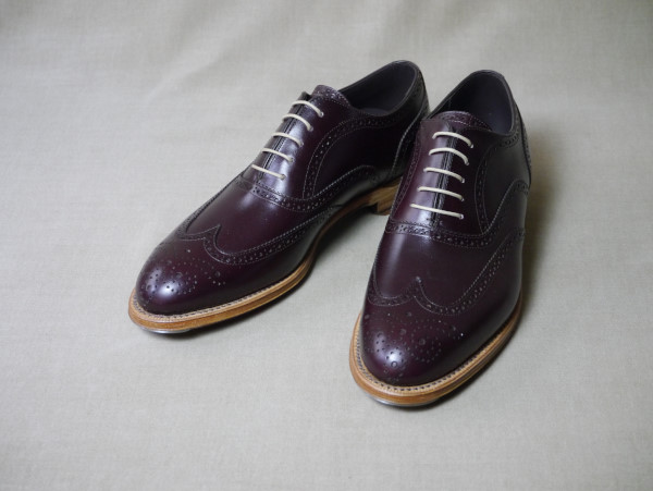 5.Full brogue oxfords_Smooth_BGD正面