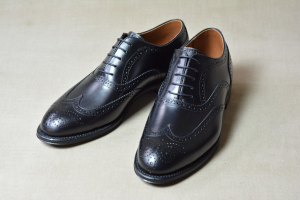 5.Full brogue oxfords_Smooth_BLK正面