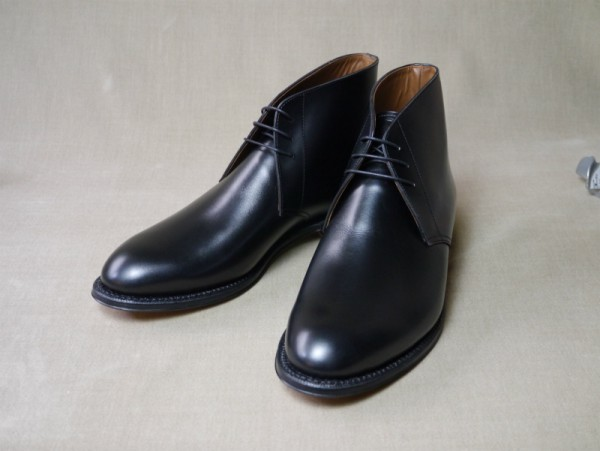 12.Chukka boots_Smooth_BLK正面