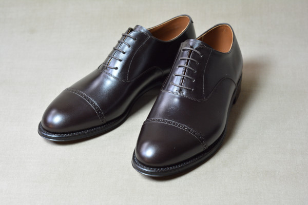 3.Cap brogue oxfords_Smooth_DBR正面